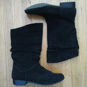 St. Johns Bay Leather Boots Size 9
